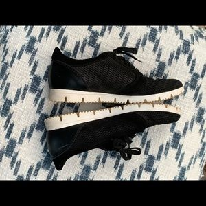 BARNEYS NEW YORK soft black sneakers